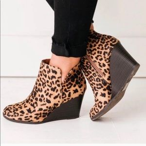 ‼️COMING SOON‼️Leopard Cut Out Booties